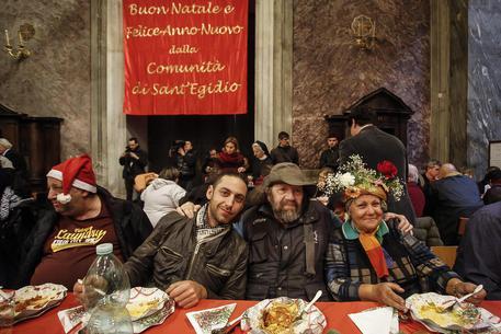 Natale: S. Egidio, 800 persone a pranzo poveri a Roma