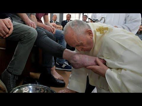 papa lavanda piedi carcerati