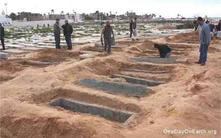 libia_fosse_comuni_tripoli_07